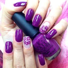 Pretty purple nails