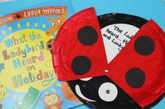This What The Ladybird Heard craft is perfect as a literacy activity for kids but it can be easily adapted for an early years activity for kids too. This paper plate craft is perfect for kids who love Julia Donaldson and it's cheap to make too! Toddler Learning Activities, Paper Plate Crafts, Paper Plates, What The Ladybird Heard Activities, Reception Activities, Eyfs, Rainbows, Farms