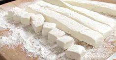 Opskrift: Lav hjemmelavede skumfiduser som smager guddommeligt – så let er det
