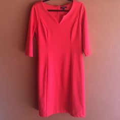 Banana republic, orange dress, size 8 Bright, cute and comfortable Banana Republic dress. Straight cut, with a hidden zipper closure in the back. Solid orange with 3/4 sleeves. Little v detail in the front. Worn once and in excellent condition. Banana Republic Dresses