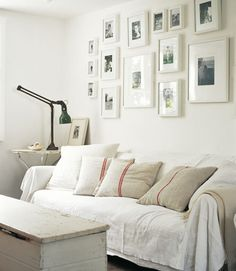 pinning inspiration for gallery wall I want to do in bedroom hallway