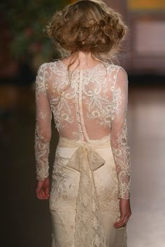 Claire Pettibone 'Pearle' wedding dress - Fall 2016 #TheGildedAge Collection http://couture.clairepettibone.com/collections/the-gilded-age/products/pearle