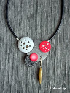 DSCF1370   Necklace. Cernit: №055 (antique gold), №90 (purpl…   Flickr - Photo Sharing!