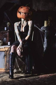 Season Of The Witch, Creepers, Autumn Leaves, Pin Up, Horror, Darth Vader, Cosplay, Seasons, Halloween
