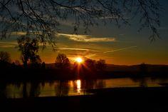 """16.12.2013 """"So kann der Tag beginnen…"""", schreibt Rolf Sander, der dieses Bild an der Weser in Grohnde aufgenommen hat."""