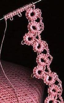 Crochet-tatting hybrid.