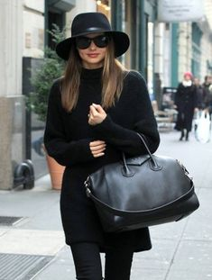 miranda kerr style best outfits - Page 36 of 100 - Celebrity Style and Fashion Trends Estilo Miranda Kerr, Miranda Kerr Outfits, Miranda Kerr Style, Celebrity Outfits, Celebrity Style, Fast Fashion, Womens Fashion, Fashion Trends, Mode Cool
