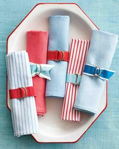 All you need for preppy #DIY napkin holders are grosgrain ribbon and some D-rings.