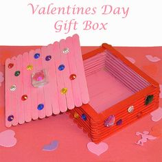 Valentines Day Craft Stick Box - Just put some cookies or candy inside and it is a perfect Valentines Day Gift!