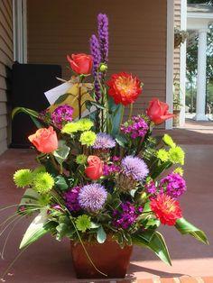.....Roses chrysanthemum liatris