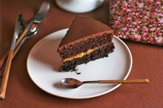 Vegan version of the classic Austrian treat. Moist tender and very very chocolaty! Vegetarian Cake, Vegetarian Recipes Easy, Vegan Cake, Diabetic Recipes, Healthy Recipes, Vegan Sweets, Vegan Desserts, Delicious Desserts, Healthy Treats
