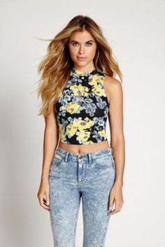 Iconic Rose Sleeveless Mock-Neck Crop Top | GUESS.com