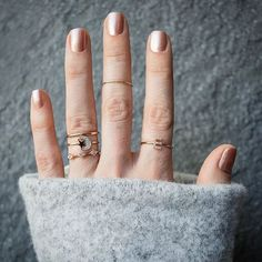 Stack & wear them as you wish - pure rose gold for every finger <3 NEWONE-SHOP.COM