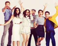 Kellan Lutz, Ashley Greene, Elizabeth Reaser, Peter Facinelli, Nikki Reed, and Jackson Rathbone.......