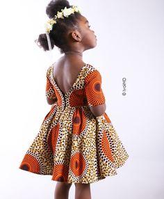 50 tenues en pagne pour hommes,femmes et enfants Baby African Clothes, African Dresses For Kids, African Babies, African Children, African Girl, Latest African Fashion Dresses, African Print Dresses, Dresses Kids Girl, African Print Fashion