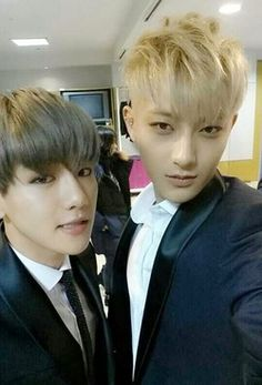 Tao takes too many selcas but I'm not gonna complain