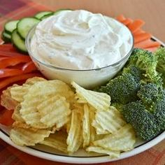 Extra Creamy Ranch Dip Recipe - Beat 8 oz block cream cheese (softened) until smooth. Add 16 oz sour cream and 1 package Hidden Valley Ranch seasoning. Appetizer Dips, Appetizer Recipes, Dip Recipes, Cooking Recipes, Cooking Ideas, Veggie Recipes, Free Recipes, Healthy Recipes, Homemade Ranch Dip