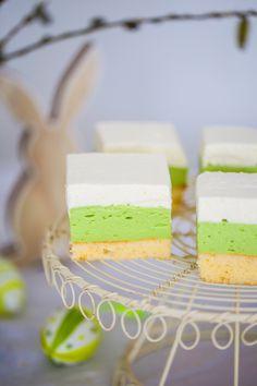Ciasto Pisanka - przepis Marty Cake Bars, Something Sweet, Vanilla Cake, Feta, Easter, Cheese, Kuchen, Easter Activities