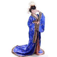 HAOL. Prenda china. Largo vestido abierto a los lados con mangas largas y estrechas, sujetao a la cintura con una correa.