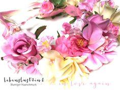 in love again … neue zauberhafte Kollektion von www.lebenslust2in1.de romantische Blumenkranz - Unikate für Elfen, Hippies und blümerante Wesen #Flowercrown #blumenkrone #brautschmuck #wedding #hochzeit #blumenkranz #forever