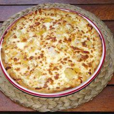 Pizza adevarata de la Pizzeria La Donna. Comanzi pizza online sau telefonic. Livrare rapida in Bucuresti, preturi foarte mici. Zeci de sortimente de pizza excelenta. Livrare pizza in Sector 2 si Sector 3 Gratuit, in restul zonelor se percepe o taxa de 6 lei pentru livrare. Online Pizza, 3, Macaroni And Cheese, Ethnic Recipes, Food, Mac And Cheese, Essen, Meals, Yemek