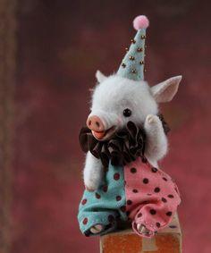 196 отметок «Нравится», 6 комментариев — Marina Blakytna (@bluemary_toys) в Instagram: «#pig #piglet #piggy #circuspig #circus #bluemary #miniaturepig #teacuppig #miniatures #handmade…»