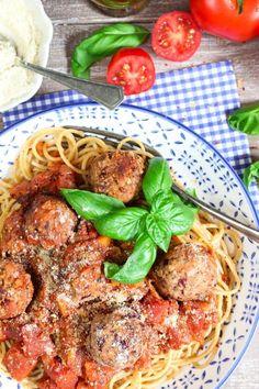 vegan-meatballs-with-spaghetti