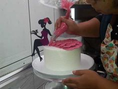 Cake Decorating Videos, Cake Decorating Techniques, Cake Receipe, Princess Cupcake Toppers, Silhouette Cake, Food Sculpture, Beautiful Birthday Cakes, Barbie Cake, Cakes For Women