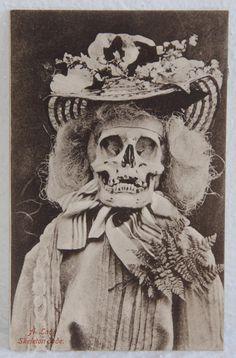 Macabre - Victorian