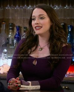 finest selection 52f9e cd68b Max s purple keyhole top with embroidered cuffs on 2 Broke Girls. Outfit  Details  https