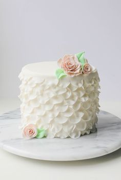 This sugar flower cutter is basically our dream come true: It makes creating sugar roses, leaves, ruffles and more easier than ever!