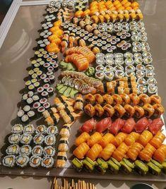 I Love Food, Good Food, Yummy Food, Sushi Recipes, Healthy Recipes, Healthy Food, Sushi Platter, Food Obsession, Food Platters