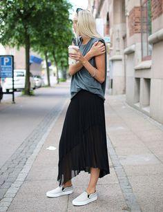 Ellen Claesson Saia Preta Style