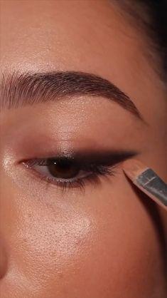 Bronze Eye Makeup, Edgy Makeup, Eye Makeup Steps, Makeup Eye Looks, Eye Makeup Art, Eyebrow Makeup, Simple Makeup, Skin Makeup, Makeup Inspo