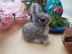 Needle felted bunny easter rabbit mini figurine ooak Handmade wool soft sculpture  coniglietto di lana cardata ad ago by MondoTSK on Etsy