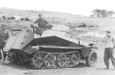 A SdKfz 253 forward artillery observation light halftrack with it's crew