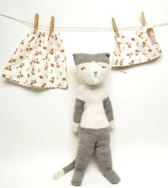 Helen Kitty, Hand Knit Cat Doll, Plush Cat, OOAK, Knitted Cat by WilleWorks on Etsy https://www.etsy.com/listing/192402782/helen-kitty-hand-knit-cat-doll-plush-cat