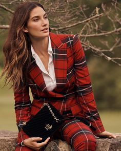 Lauren Ralph Lauren Holiday 2019 Campaign featuring Lily and Ruby Aldridge Ruby Aldridge, Campaign Fashion, Preppy Girl, Business Portrait, Plaid Blazer, Victoria Dress, Holiday Fashion, Kids Outfits, Clothes For Women