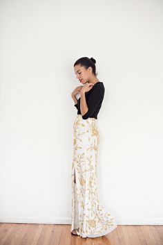 holiday skirt » STYLE ME GRASIE // holiday outfit ideas // embellished skirt // virgo's lounge // gold // festive