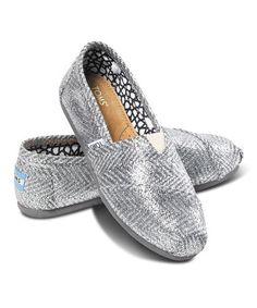 Love these Silver Herringbone Classics on #zulily! #zulilyfinds http://www.zulily.com/invite/kclancy680