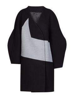 https://www.amayaarzuaga.com/amaya-eshop/productos/ficha/abrigos/541/