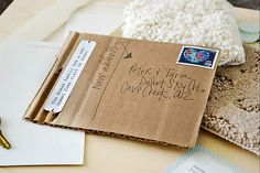 new address cards.we've moved - cute use of cardboard recycled Diy Arts And Crafts, Paper Crafts, Change Of Address Cards, Moving Boxes, Moving Announcements, Crate Paper, Moving Day, Diy Cards, House Warming