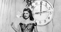 Fijne jaarwisseling! New Year Greeting Cards, New Year Greetings, Old Hollywood Glamour, Vintage Hollywood, New Years Eve Dresses, Places In New York, New Year's Eve Celebrations, Like A Local, New Years Party