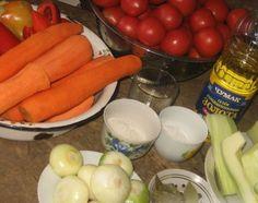 Tocană de legume cu orez pentru iarna! - Retete-Usoare.eu Carrots, Sausage, Meat, Vegetables, Cooking, Food, Canning, Embroidery, Kitchen