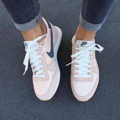 @ sneakergram - @snkraddicted shop our sneakers ⭐️ link in bio