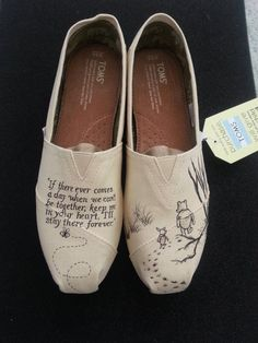 Vintage Winnie the Pooh and Piglet Custom Hand Painted Wedding Shoes - - Sock Shoes, Cute Shoes, Shoes Heels Boots, Me Too Shoes, Keds, Christmas Shoes, Vintage Winnie The Pooh, Disney Toms, Embellished Shoes