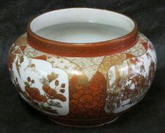 Porcelana japonesa do séc. XIX pintada a mão.