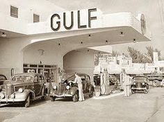 Gas Station, Miami Beach, Florida, 1939 via Bill M Old Gas Pumps, Vintage Gas Pumps, Pompe A Essence, Gas Service, Old Garage, Art Deco, Old Gas Stations, Filling Station, Oil And Gas