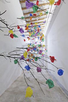 Plastic Tree C par Pascale Marthine Tayou