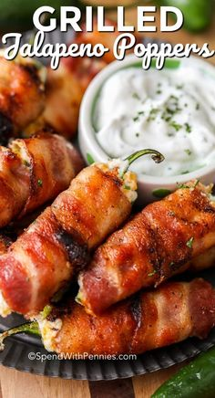 Bacon Wrapped Jalapeño Poppers - Spend With Pennies Grilled Jalapeno Poppers are the perfect bacon wrapped jalapeno snack. These creamy poppers are filled with a delicious cheese filling and are the perfect summertime or game day snack! Jalapeno Popper Recipes, Bacon Wrapped Jalapeno Poppers, Stuffed Jalapenos With Bacon, Stuffed Peppers, Stuffed Jalapeno Recipe, Fresh Jalapeno Recipes, Jalapeno Grill, Cheat Meal, Grilling Recipes